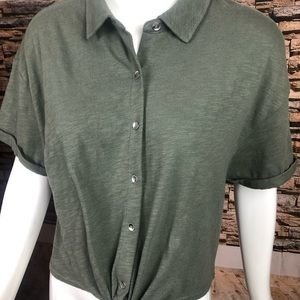 Tie hem button front top